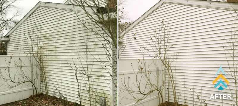 exterior house cleaning on vinyl siding home in grand rapids, mi