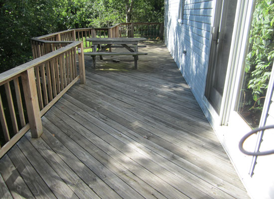 grand rapids deck cleaning service before